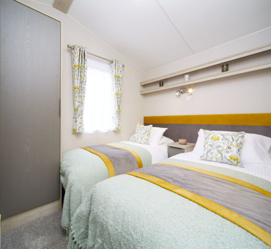 Atlas Amethyst caravan holiday home twin bedroom
