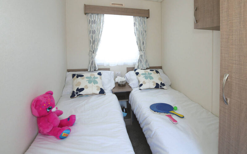 delta bromley holiday home twin bedroom