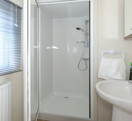 detla bromley holiday home bathroom